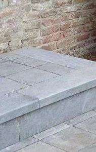 prijs voor terras in blauwe steen